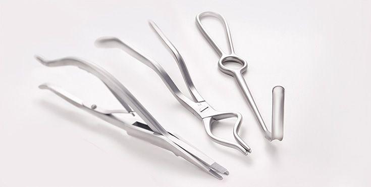 Instrumentos quirúrgicos para la cirugía cráneo-maxilofacial