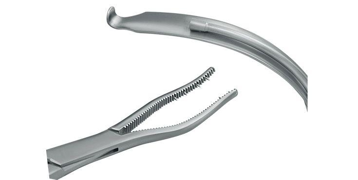 Instrumentos para el tratamiento de fracturas de la articulación de la mandíbula según Eckelt y Rasse